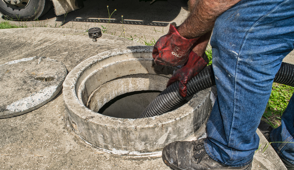 septic tank cleaning by pump-it